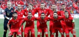 İzlanda maçı WhatsApp'ta başladı