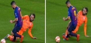 Denayer - Suarez: Penaltı mı?