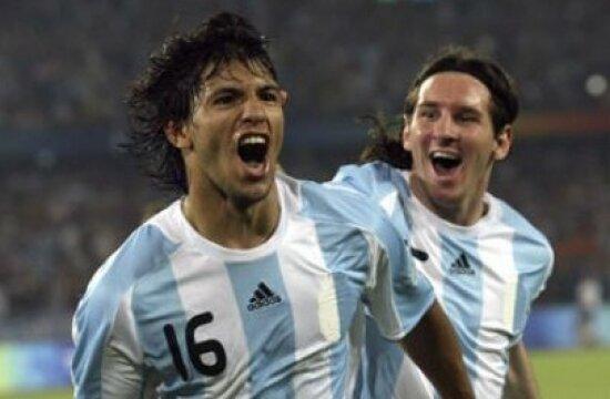 Agüero Messi'yi tanımıyormuş!