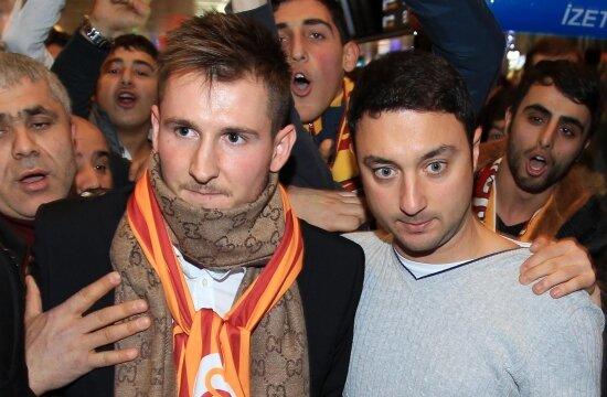 Bosnalı resmen Galatasaray'da!