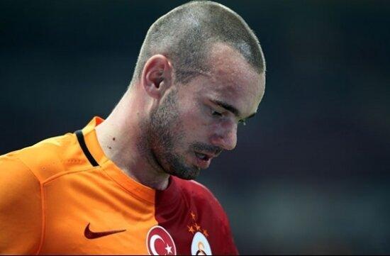 """Albers: """"Sneijder, yönetimi tam 5 kez aradı"""""""
