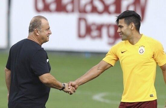 İstanbul'a dönen Falcao için seferberlik ilan edildi