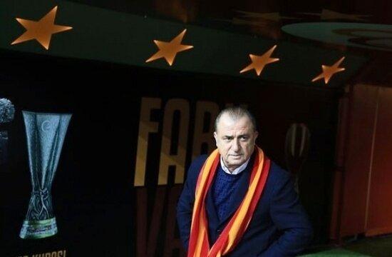 """Galatasaray sloganını belirledi: """"1 hafta, 2 kupa"""""""