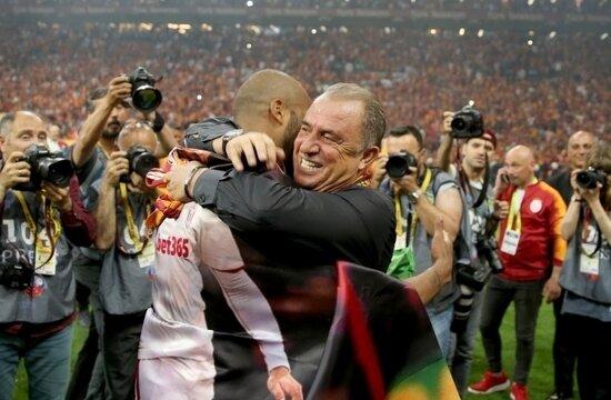 """Fatih Terim: """"Look at the tabela"""""""