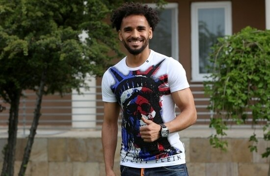 Sivassporlu Douglas'a teklif yağıyor! Kendisi açıkladı