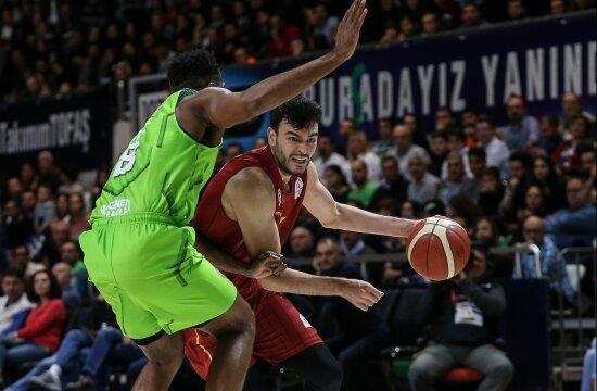 Galatasaray, Tofaş deplasmanında kayıp!