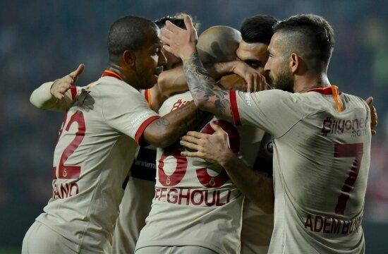 Galatasaray, Gaziantep'te yara sardı