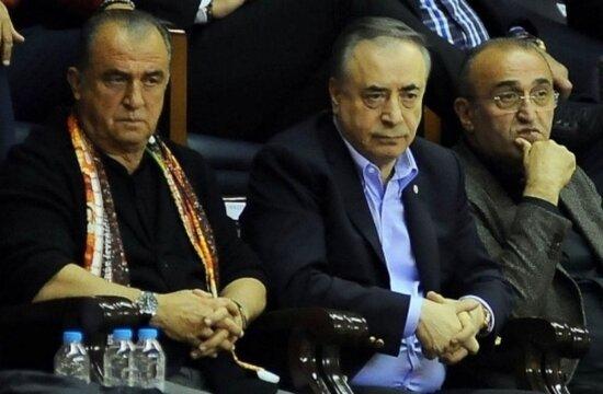 Galatasaray'da 60 milyonluk bloke