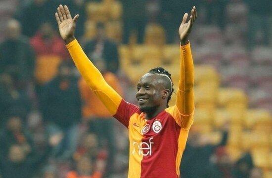 Galatasaray'da Diagne ilk 11'e dönüyor!