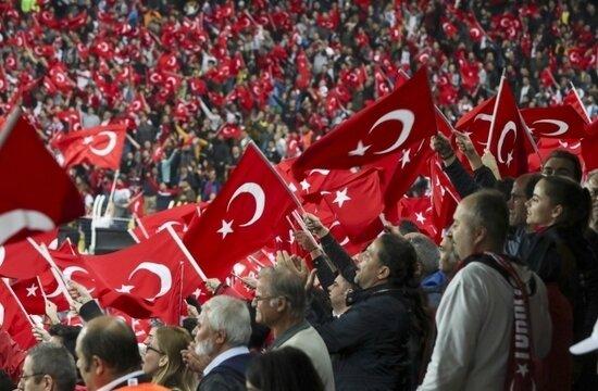 """Fransa'daki Türkler maça hazır: """"Motivasyonumuz yüksek!"""""""
