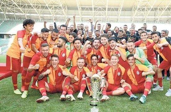 Galatasaray'da kiralama kararı!