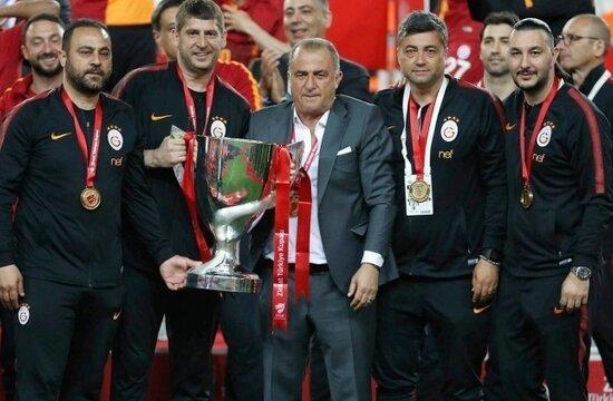 G.Saray, Beşiktaş ve F.Bahçe ile farkı açacak