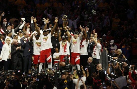 NBA'de şampiyon Toronto Raptors!