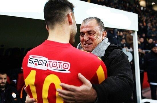 Galatasaray, Kayserispor ile anlaştı! Deniz Türüç...