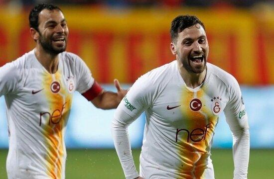 Galatasaray'da kayıp aranıyor; Sinan Gümüş..