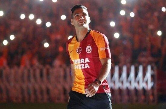 """""""57 maç, 110 bin kilometre: Falcao'yu yakan sezon"""""""