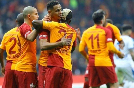 Galatasaray'ın derbi parolası: REKOR!