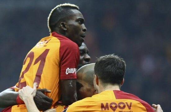 Galatasaray'da çıldırtan performans!