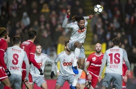 Galatasaray'dan Luyindama sürprizi!
