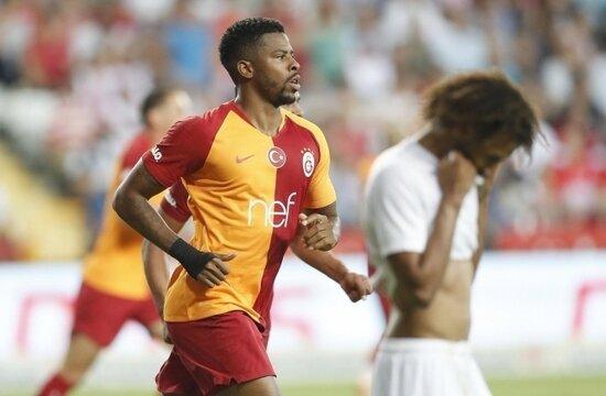 Galatasaray'da ilk transfer; Ryan Donk...