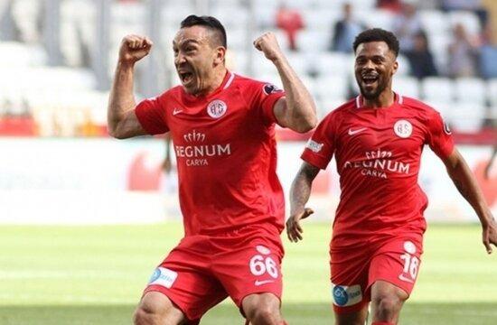 "'Bonservisini al, Galatasaray'a gel"""