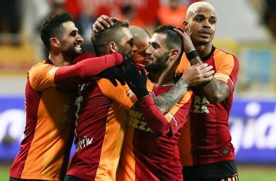 İkinci yarının lideri resmen Galatasaray