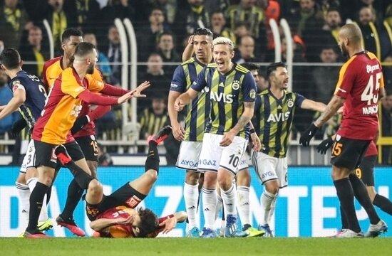 Fenerbahçe, Kadıköy'de 15 yıl sonra derbi kaybetti!