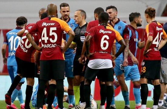 Galatasaray'ımız, Trabzonspor'a kaybetti
