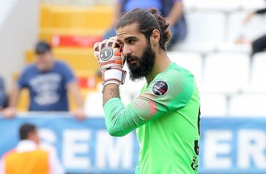Galatasaray'da kaleci düğümü çözüldü: İki yıllık imza