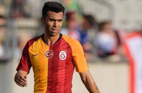 Galatasaray sözleşmeyi uzattı, gönderiyor