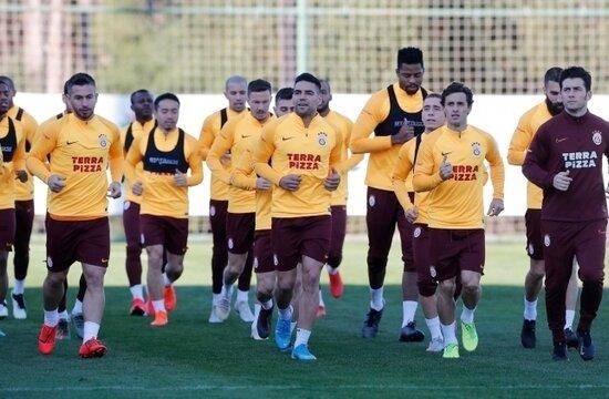 Galatasaray'da yeniler, Rize'de yok