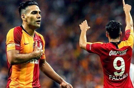 Galatasaray'da forveti Falcao belirleyecek!