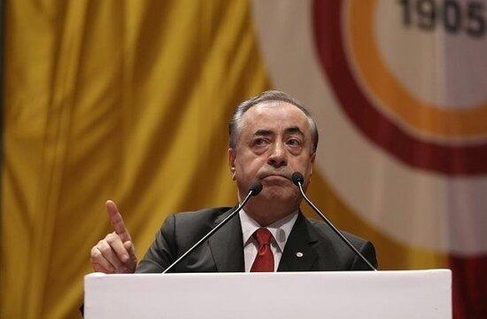 G.Saray Divan Kurulu'nda flaş gelişme! Mustafa Cengiz, salonu terk etti...