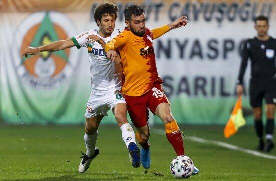 Galatasaray'da sol bek için acil çözüm