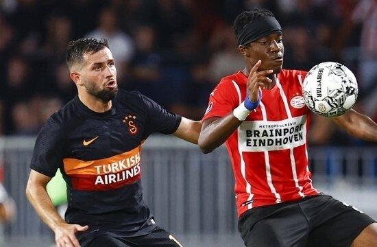 """Wesley Sneijder: """"Ömer Bayram bir daha oynayamaz"""""""