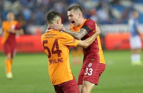 Galatasaray'da Cicaldau parlıyor