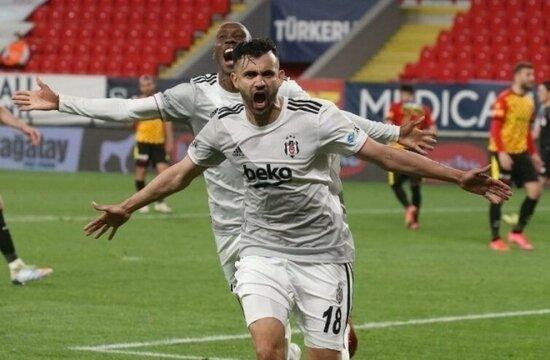 Galatasaray'da Ghezzal tamam, sırada Leicester var