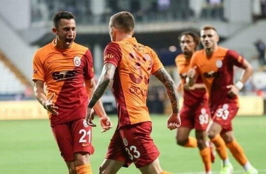 Galatasaray'da Cicaldau ve Morutan damgası