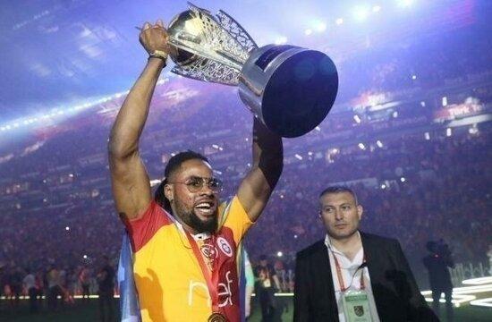 Galatasaray, Luyindama'yı satış listesine koydu!