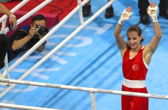 Buse Naz Çakıroğlu altın madalyaya gidiyor!