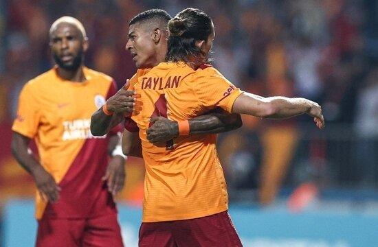 Galatasaray, UEFA listesini açıkladı
