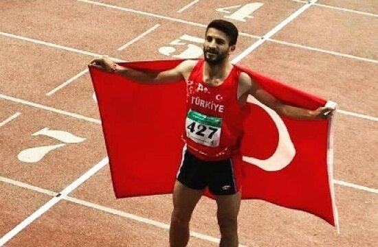 Abdullah Özdemir'den altın madalya