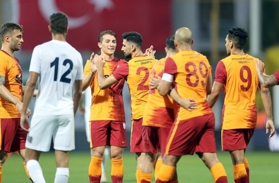 PSV - Galatasaray maçı şifresiz nasıl izlenebilir?