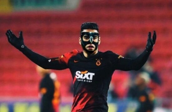 Maskeli Falcao geliyor