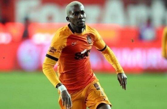 Galatasaray'da yeniden Onyekuru ikilemi