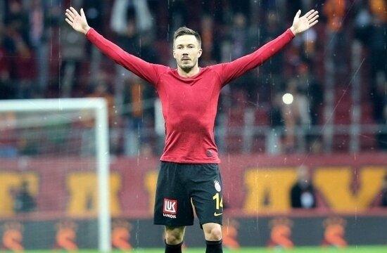 Galatasaray'da biten kontratlar masada!