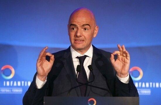 "FIFA ve UEFA'dan devlere rest: ""Hepinizi men ederim!"""